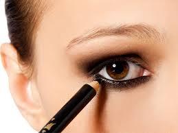 O que uma maquiagem faz por você