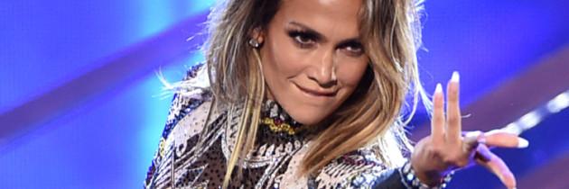 Percepções do dia: Meu look favorito da Jennifer Lopes no AMA´s